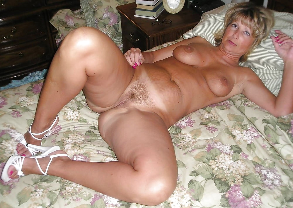 50 женщинами домашнее лет порно с